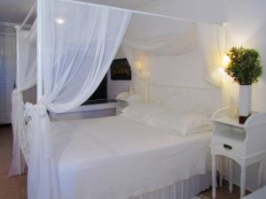 Porto Scoutari Romantic Hotel & Suites (17 of 117)