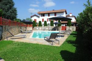 Location gîte, chambres d'hotes Hotel Restaurant Txistulari dans le département Pyrénées Atlantiques 64