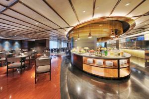 Ramada Plaza by Wyndham Shanghai Caohejing Hotel, Hotel  Shanghai - big - 57
