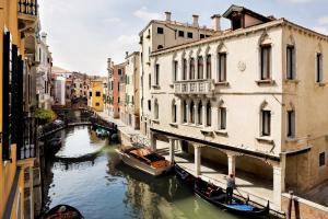 Maison Venezia | UNA Esperienze - AbcAlberghi.com