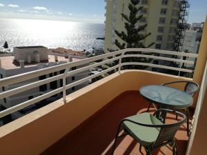 Lido/Funchal Tourist Two Bedroom Apartment - Funchal