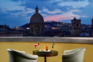 UNAHOTELS Napoli - AbcAlberghi.com