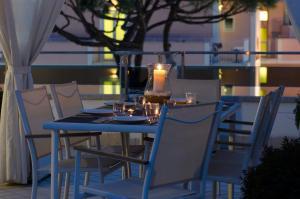 Dante 124 | Appartamenti a Riccione - AbcAlberghi.com