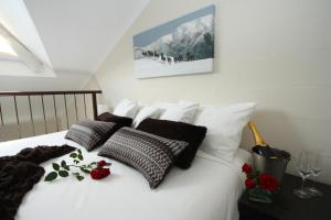 Summit Ridge Alpine Lodge - Hotel - Falls Creek