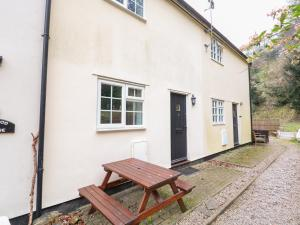 Two-Bedroom Holiday Home Wye Rapids Cottages, Ross-on-Wye