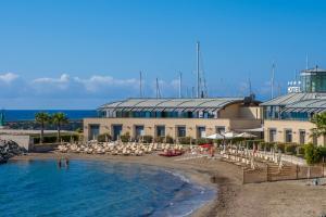 Hotel Riviera dei Fiori - AbcAlberghi.com