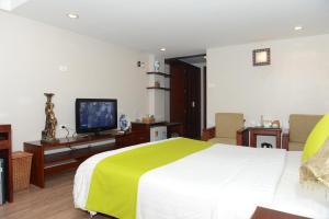 Golden Land Hotel, Hotels  Hanoi - big - 4
