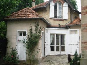 Location gîte, chambres d'hotes Les Bouvreuils dans le département Haut de seine 92