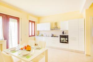 Domus Iose Seaview Apartment - AbcAlberghi.com