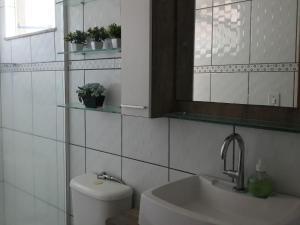 Apartamento com clube privativo, Apartmány  Cabo Frio - big - 17