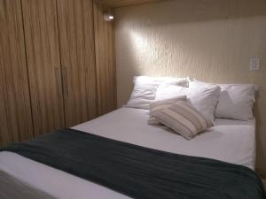Apartamento com clube privativo, Apartmány  Cabo Frio - big - 21