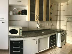 Apartamento com clube privativo, Apartmány  Cabo Frio - big - 28