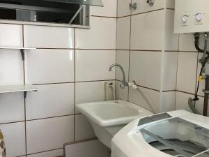 Apartamento com clube privativo, Apartmány  Cabo Frio - big - 30