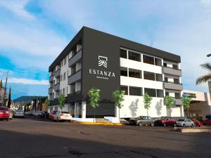 Estanza Hotel & Suites