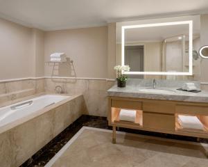 Shangri-La Hotel, Sydney (33 of 85)