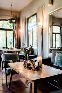 Sommers Schone Aussicht Restaurant Suiten Reichenbach Im Vogtland