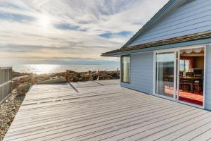 Admiral's Cove Beach House - Coupeville
