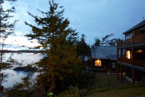 Middle Beach Lodge, Chaty v prírode  Tofino - big - 17
