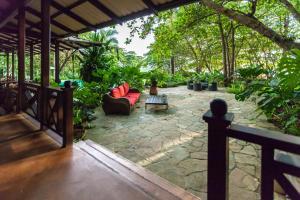 Latitude 10 Exclusive Beach Resort, Hotely  Pláž Santa Teresa - big - 36