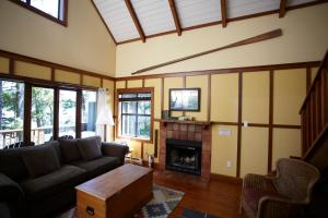 Middle Beach Lodge, Chaty v prírode  Tofino - big - 80