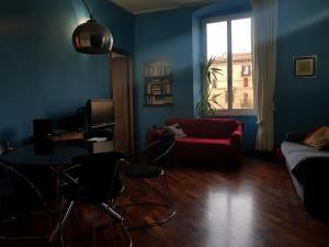 Casa di Elle - City centre 8 min station - AbcAlberghi.com