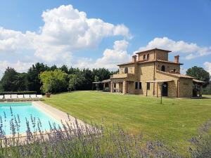 Ranciano Villa Sleeps 14 Pool Air Con WiFi - AbcAlberghi.com