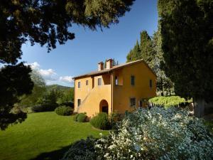 La Foce Villa Sleeps 8 Pool WiFi - AbcAlberghi.com