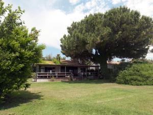 Capalbio Scalo Villa Sleeps 6 WiFi - AbcAlberghi.com