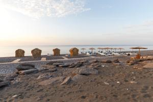 Hostales Baratos - Eco Beach And Magic Garden Hotel