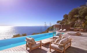 Holiday family villa 5-room w/pool - AbcAlberghi.com