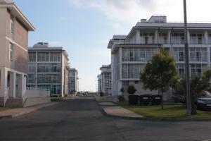 Real Apartments on Bulvar Nadezhd, Apartments  Adler - big - 11