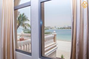 Keysplease Luxury 7 B/R Beach Villa, Palm Jumeirah - Dubai