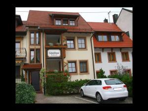 Gästehaus Trahasch im Adelshof - Amoltern