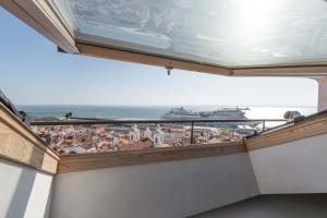 TravelingToLisbon 120 - Alfama