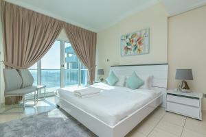 Kennedy Towers - Damac Lake View - Dubai