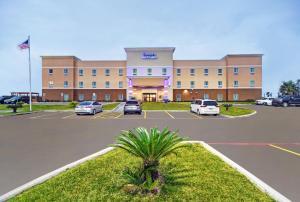 Galveston Inn & Suites Hotel - Village of Tiki Island