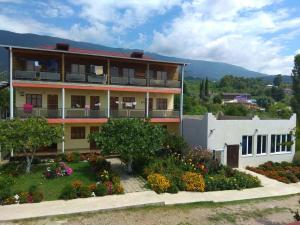 Dom U Morya Guest House