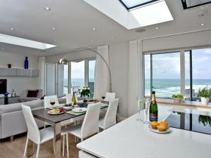 Penthouse At Fistral