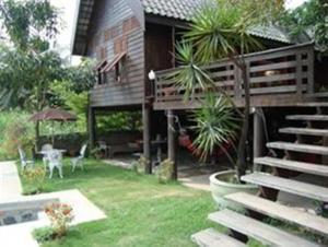 Ayothaya Riverside House - Ban Hua Khok