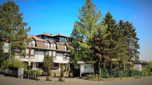 Hotel Tannenhof - Burbach