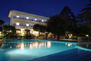 Hotel Alpha - AbcAlberghi.com