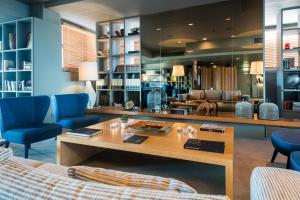 Hotel Dom Henrique - Downtown, Отели  Порту - big - 26