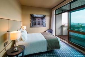 Hotel Dom Henrique - Downtown, Отели  Порту - big - 31