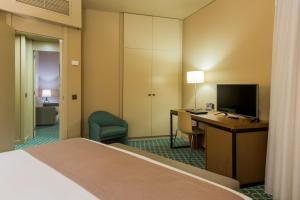 Hotel Dom Henrique - Downtown, Отели  Порту - big - 4