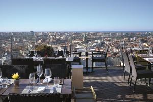 Hotel Dom Henrique - Downtown, Отели  Порту - big - 41