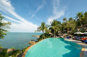 Coral Cliff Beach Resort Samui - Chaweng Noi Beach