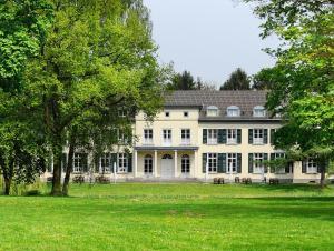 Schloss Gnadenthal - Hau