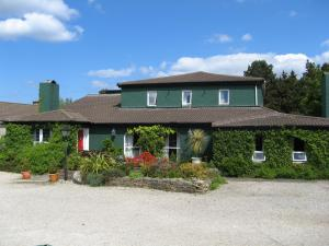 Danny Minnies Country House - Annagry