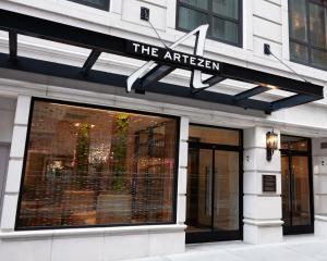 Artezen Hotel