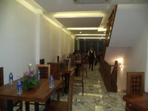 Friendship Hotel & Restaurant, Hotel  Horana - big - 14